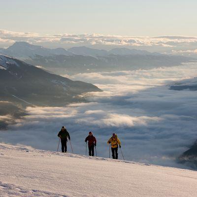 Schneeschuhwandern über den Wolken
